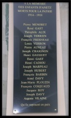 Plaque monument aux morts.jpg